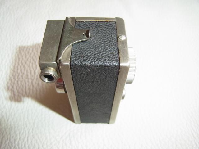 ■極希少 極美品 完動品 1947年発売(昭和22年)■理研光学(現リコー)豆カメラ『Steky 1型』16ミリフィルム 【純正ケース、フィルター付】_画像4