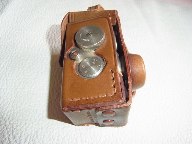 ■極希少 極美品 完動品 1947年発売(昭和22年)■理研光学(現リコー)豆カメラ『Steky 1型』16ミリフィルム 【純正ケース、フィルター付】_画像9