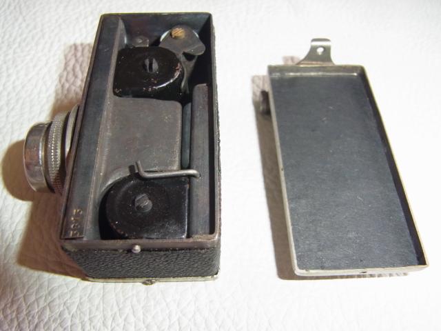■極希少 極美品 完動品 1947年発売(昭和22年)■理研光学(現リコー)豆カメラ『Steky 1型』16ミリフィルム 【純正ケース、フィルター付】_画像6