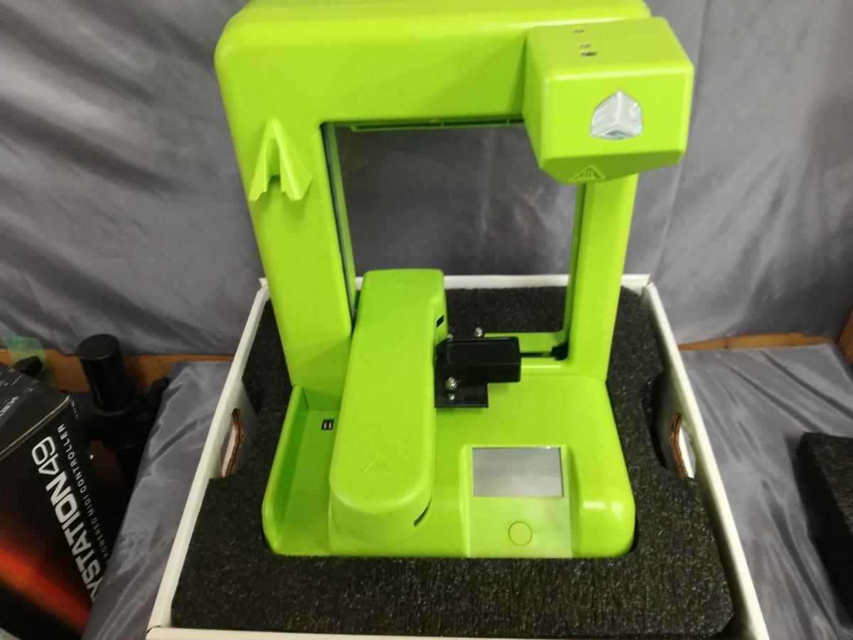 J956 展示品 未使用品 送料無料 Cube 3Dプリンター 2nd Generation グリーン 自作 シンプル DIY 工作 3Dプリンタ本体 Wi-Fi接続可能_画像2