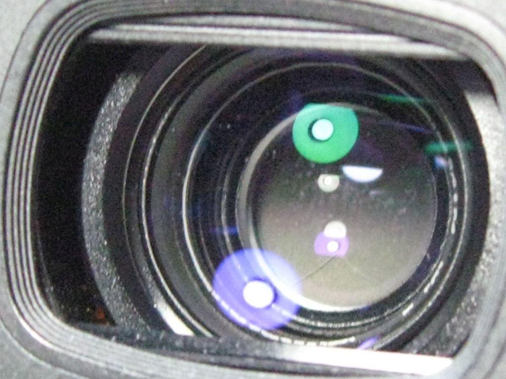 Nikonニコン PICAICHIピカイチ TW ZOOM QUARTZ DATE コンパクトカメラ35mm/F3.5~80mm/F7.8 1988年式_画像6