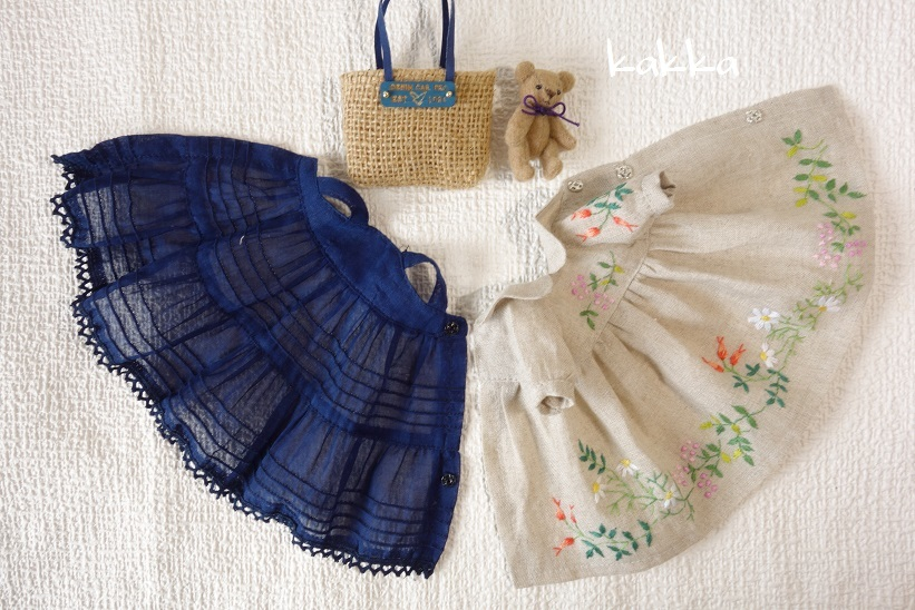 ★ブライスアウトフィット★Blythe outfit★リネンの刺繍のお洋服★_画像9