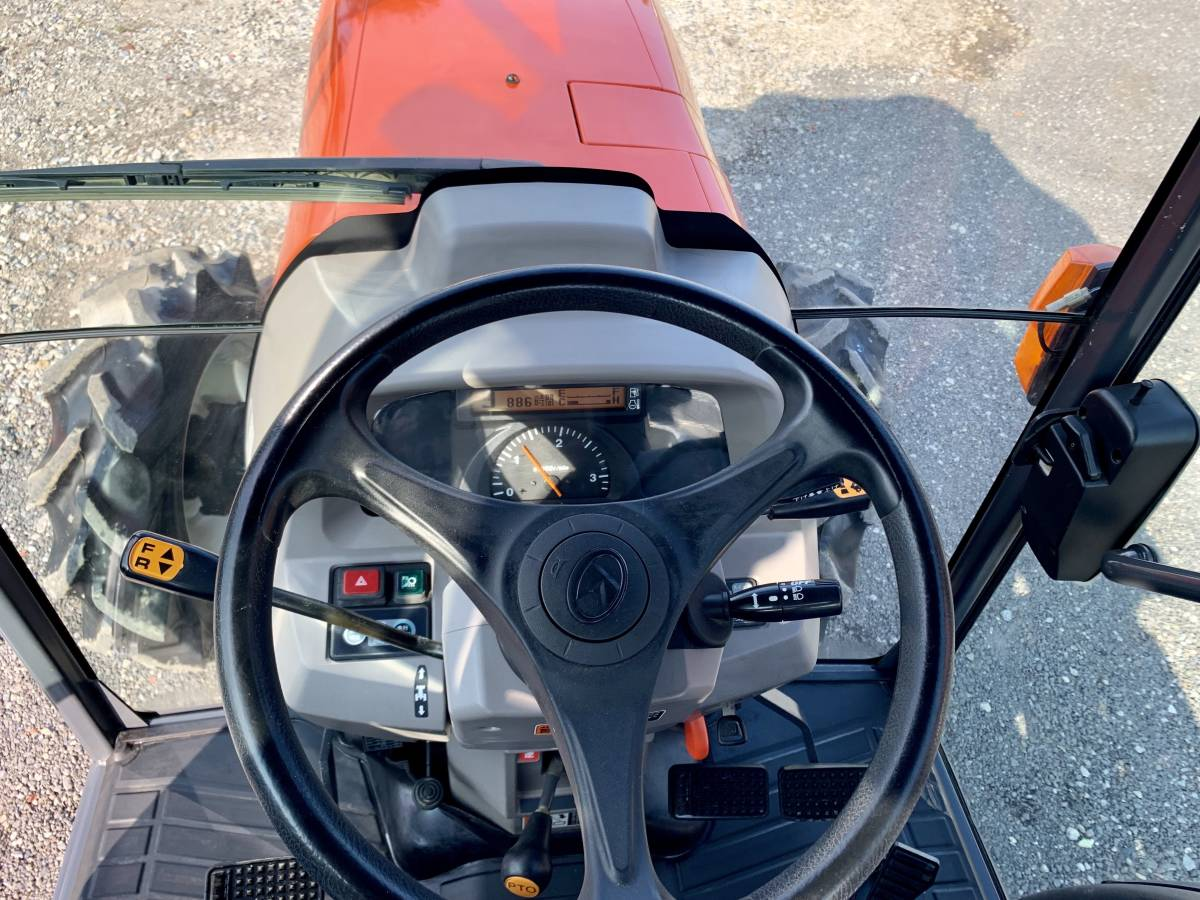 クボタ KL505H ハイスピード エアコンキャビン付き 高速パワクロ 50馬力 中古 トラクターです。_画像5