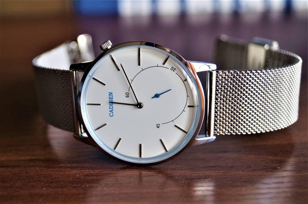新品〓クォーツ腕時計 アナログ メンズ CADISENブランド メッシュベルトスモールセコンドモデル〓ホワイト文字盤〓売り切り