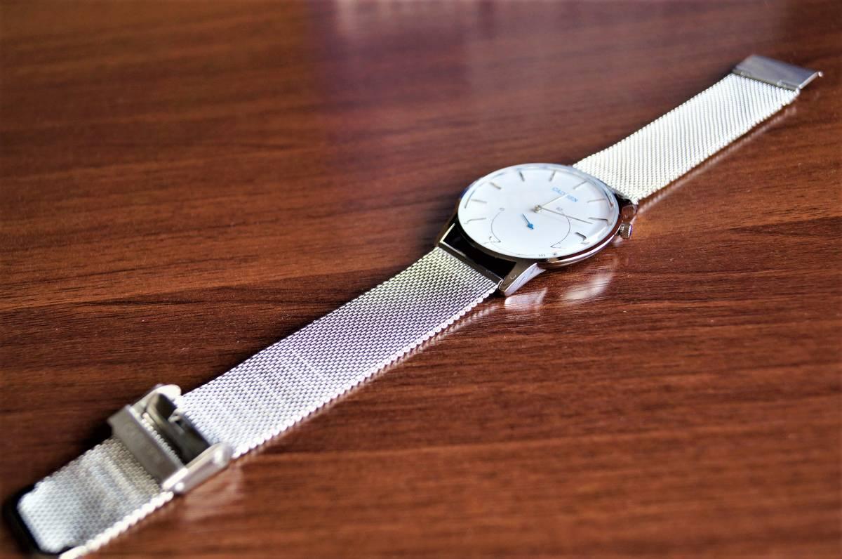 新品〓クォーツ腕時計 アナログ メンズ CADISENブランド メッシュベルトスモールセコンドモデル〓ホワイト文字盤〓売り切り_画像3
