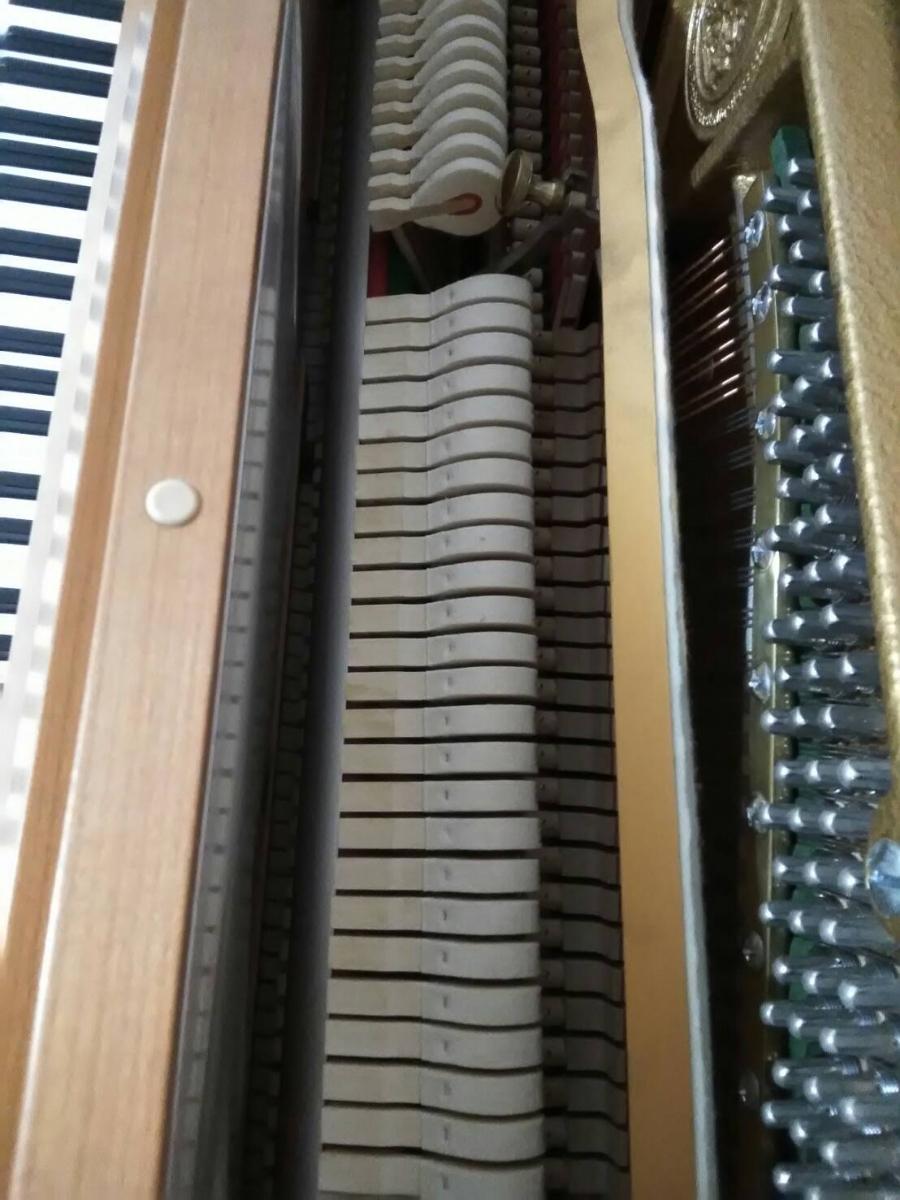 ベヒシュタイン A.3 アップライトピアノ 状態良好 集合住宅1F保管_画像3