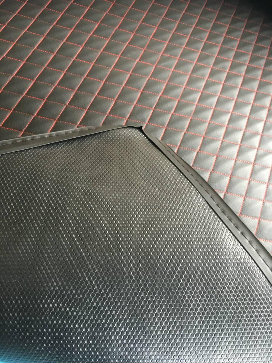 ◆50プリウス用  レザー製ラゲージ,トランク防水マット_画像4