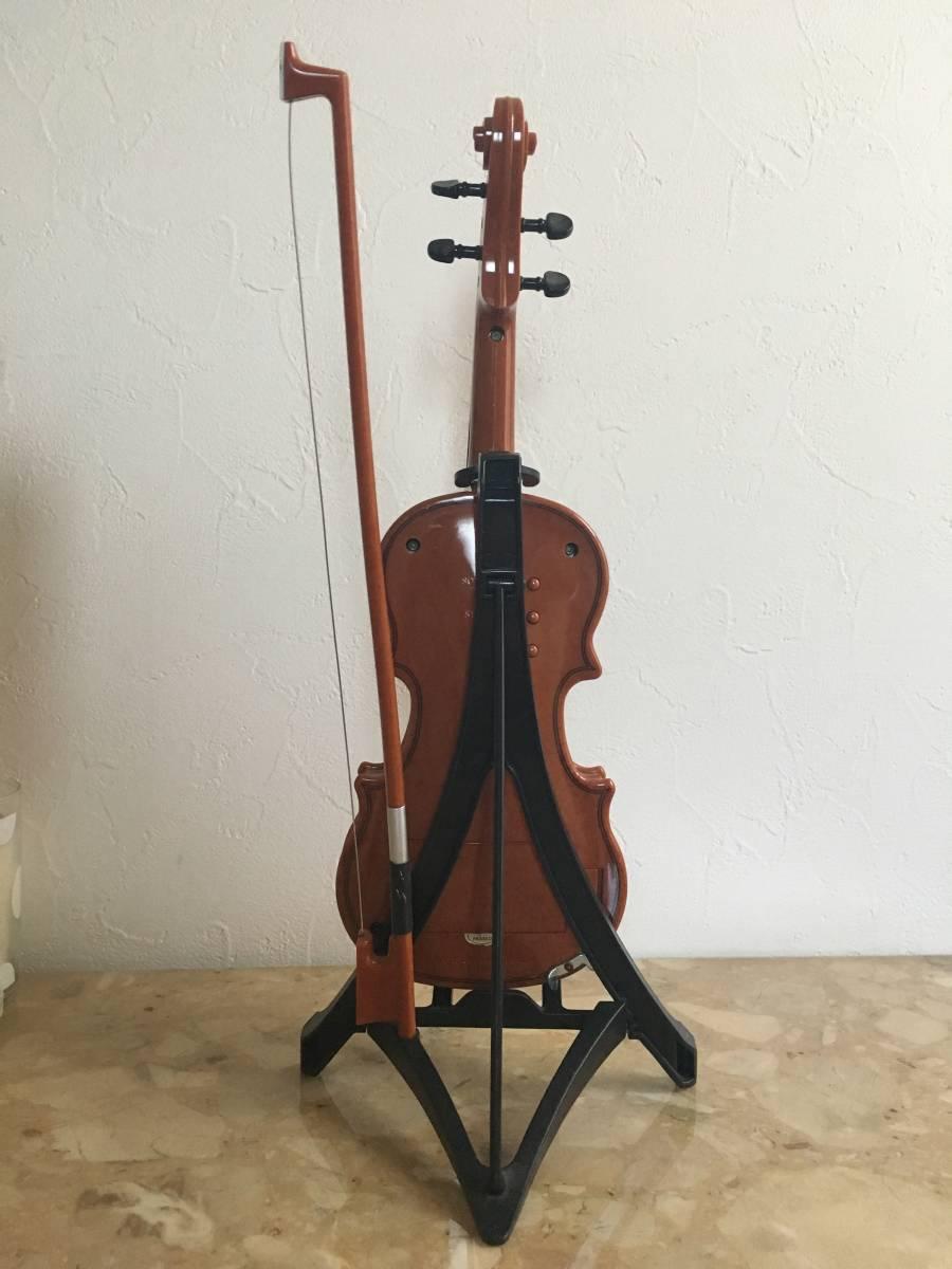 自動演奏バイオリン ハッピーバースディ・結婚行進曲・ジングルベル等 インテリアにもどうぞ_画像3