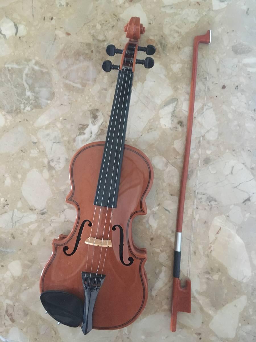 自動演奏バイオリン ハッピーバースディ・結婚行進曲・ジングルベル等 インテリアにもどうぞ