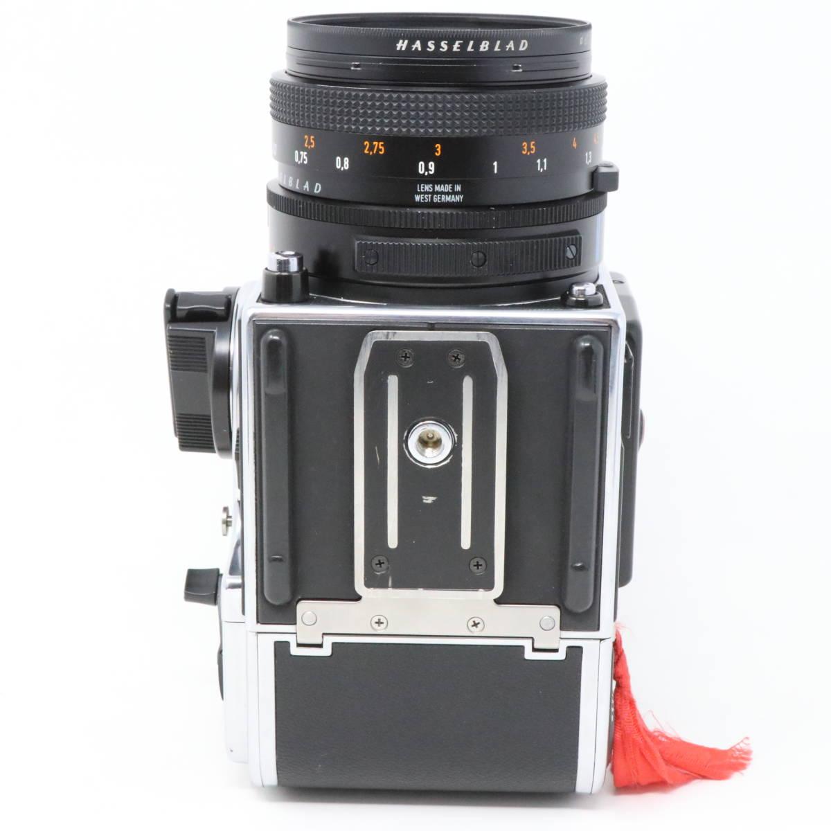 【中古良品完動品】 HASSELBLAD ハッセルブラッド 中判一眼レフカメラ ☆205TCC CarlZeiss Planar F 80mm F2.8 T* マガジン12TCC +16TCC付_画像3