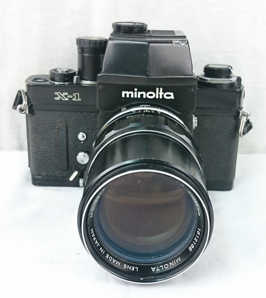 【GK-542】 名機! MINOLTA ミノルタ X-1 一眼レフ フィルムカメラ MC TELE ROKKOR-PF 1:2.8 f=135mm/ MC FISH-EYE ROKKOR-OK 1:2.8 f=16mm _画像2