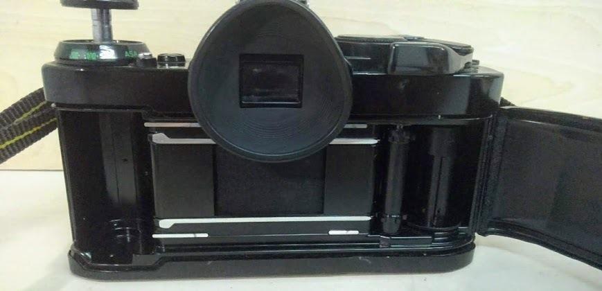 ☆ Canon/キヤノン AE-1 PROGRAM+CANON LENS NEW FD 50mm F1.4 フィルムカメラ 一眼レフカメラ ブラック レンズ付_画像5