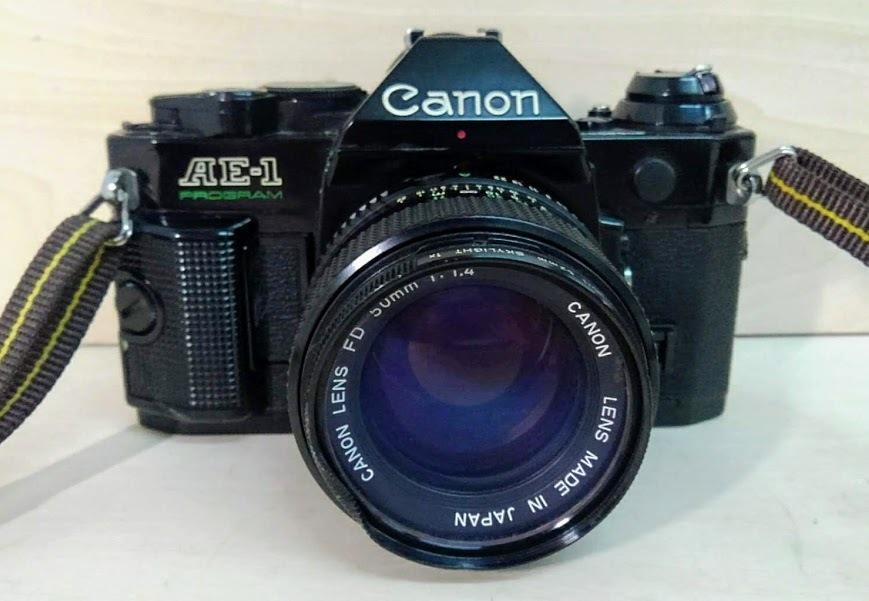 ☆ Canon/キヤノン AE-1 PROGRAM+CANON LENS NEW FD 50mm F1.4 フィルムカメラ 一眼レフカメラ ブラック レンズ付