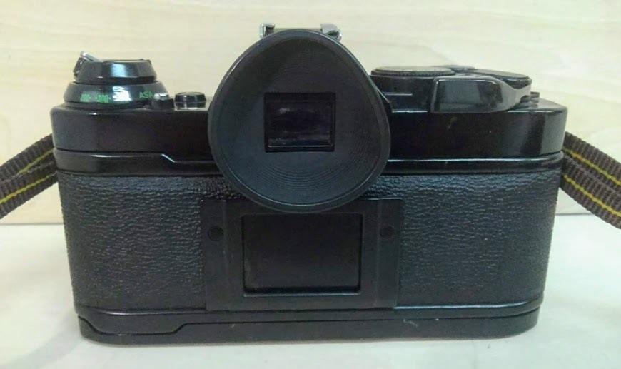 ☆ Canon/キヤノン AE-1 PROGRAM+CANON LENS NEW FD 50mm F1.4 フィルムカメラ 一眼レフカメラ ブラック レンズ付_画像4