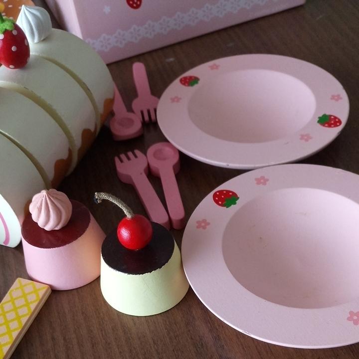 中古品 マザーガーデン 野いちご ままごと スウィートカフェ スイーツ ロールケーキ フルーツ 木のおもちゃ Mother garden _画像2