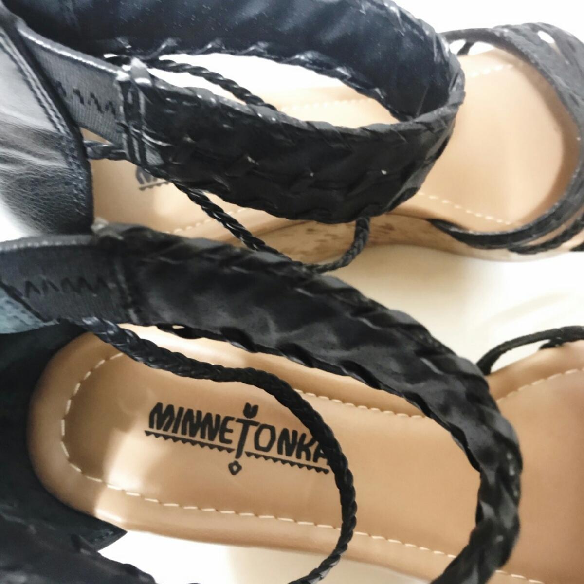 MINNE TONKA 23.5cmぐらい 3E レディース サンダル パンプス ブラック 黒 ミネトンカ 婦人 靴 くつ 中古 g001_画像7