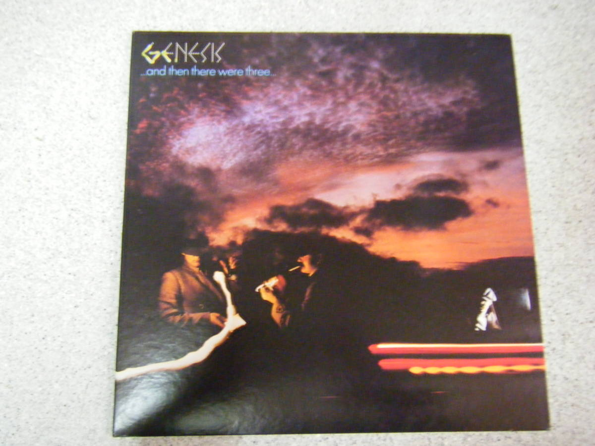 GENESIS ジェネシス  ...AND THEN THERE WERE THREE...( RJ-7348)見開きジャケット _画像1