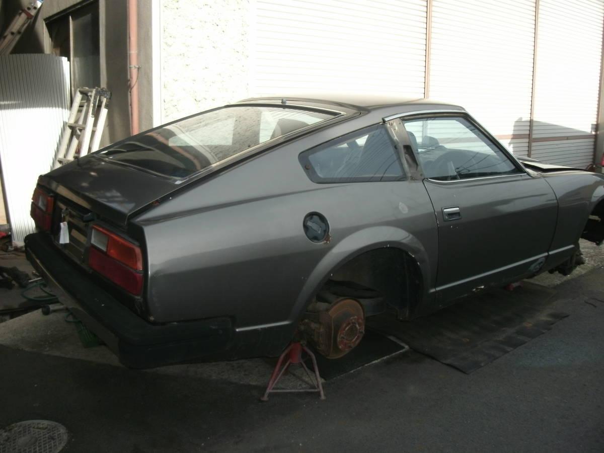 S130Z ノーマルルーフ 2シーター 丸車 書類なし エンジン・部品多数付き L型_画像2