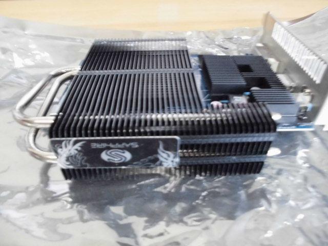 SAPPHIRE (サファイア) ULTIMATE HD6670 1G GDDR5 PCI-E HDMI/DVI-I/DP BOX 型番 11192-06-20G ファンレスです。_画像6