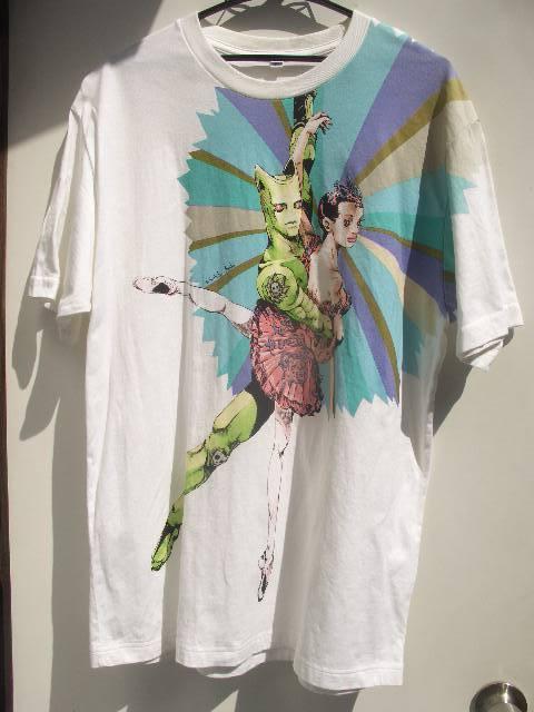 ジョジョの奇妙な冒険×UNIQLO(ユニクロ)コラボTシャツ キラー・クイーン バレリーナ 荒木飛呂彦 XLサイズ ホワイト