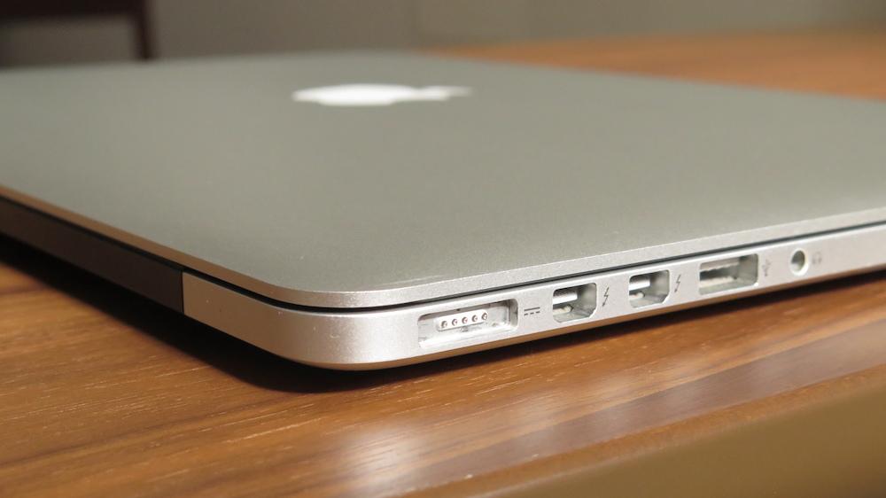 "MacBook Pro 15"" Retina モデル (Late 2013) 2.3 GHz/16GB Intel Core i7 (中古)おまけ多数!_画像4"