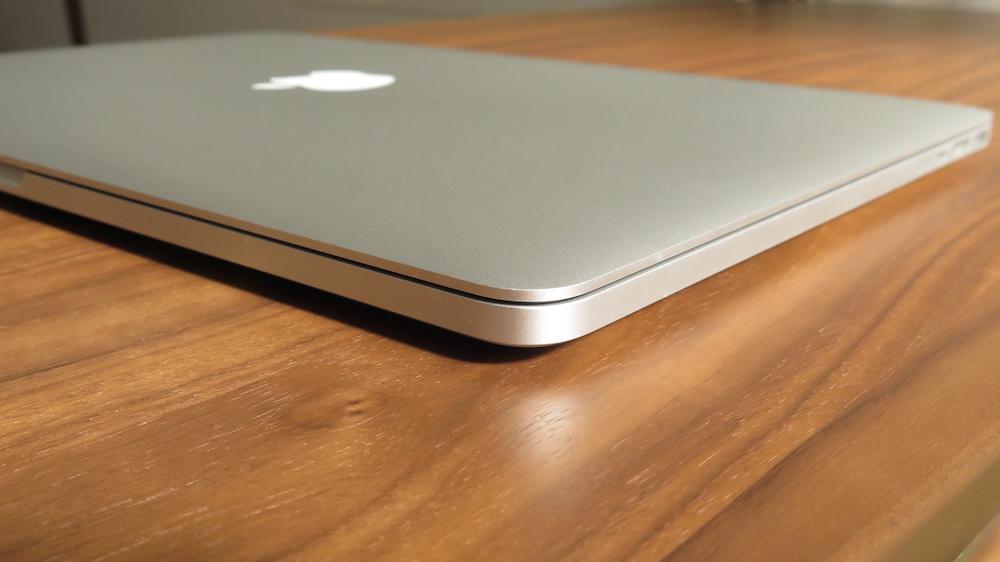"MacBook Pro 15"" Retina モデル (Late 2013) 2.3 GHz/16GB Intel Core i7 (中古)おまけ多数!_画像2"