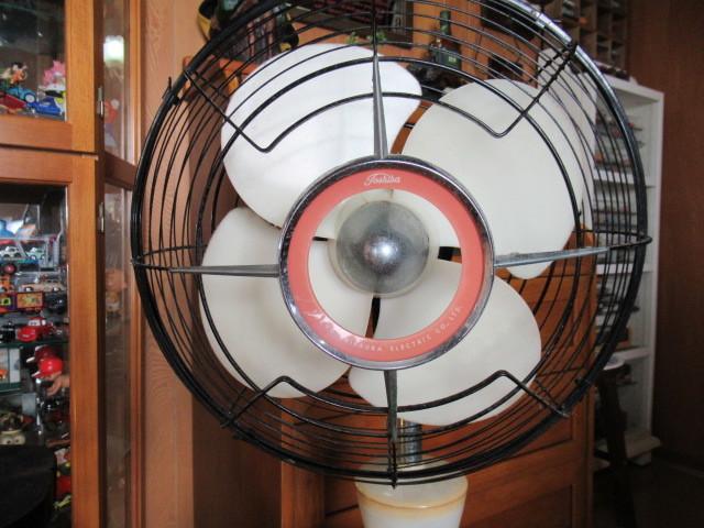 ★希少・1960年式・TOSHIBA・東京芝浦電機(東芝電気)・夕顔・扇風機・動作確認済み♪_画像2