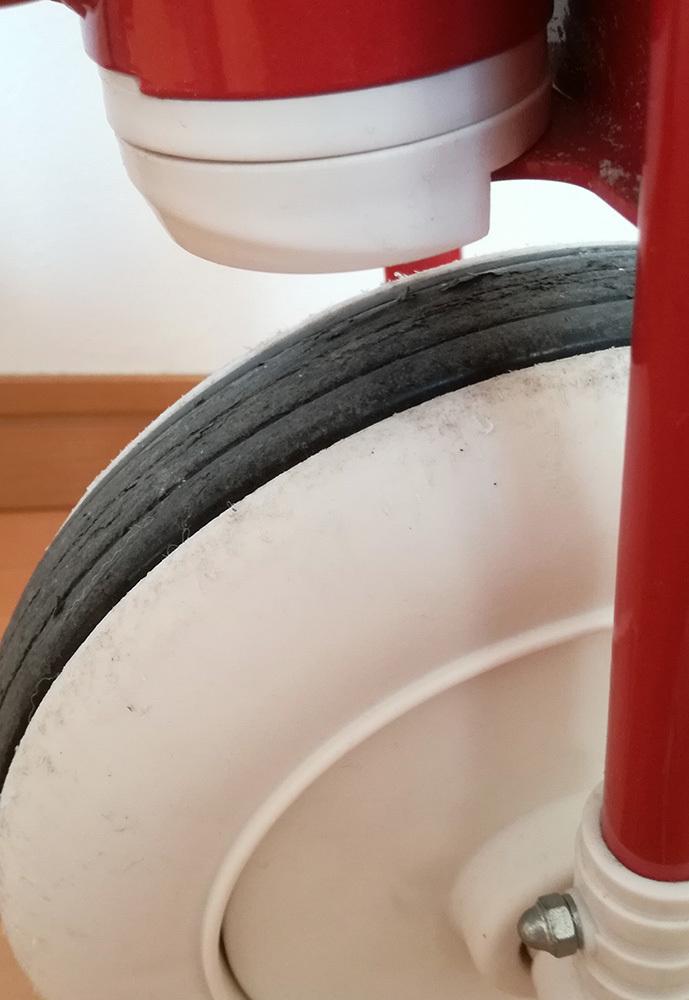 【送料込】無印良品 三輪車 かじ取り棒付き 赤_画像4