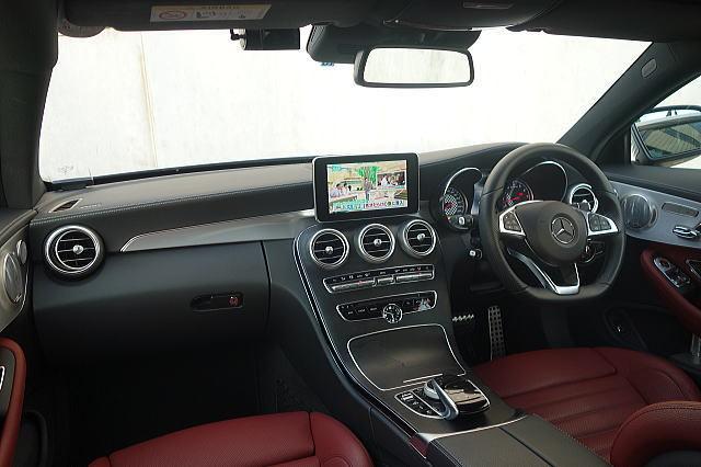 【保証プラス加入車/令和3年10月まで正規ディーラー保証付き!!】 ☆①オーナー車輌/AMG C43 4MATIC クーペ/コンディション抜群!!_隅々まで清潔で美しい室内が保たれてます!!