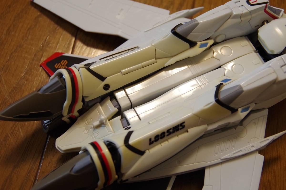 バンダイ DX超合金 マクロスF 完全変形 VF-25F スーパーメサイアバルキリー スーパーパーツ (早乙女アルト機) ジャンク_画像8