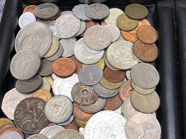 ★2100g超え 超大量 外国銭 硬貨 おまとめ 未選別 1円スタート_画像3