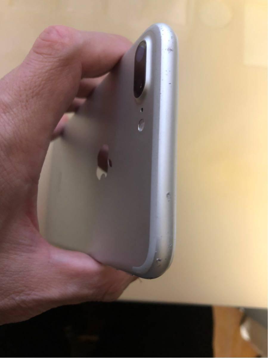 送料無料 iphone7 plus 128gb バッテリー劣化なしau simロック解除不可_画像3