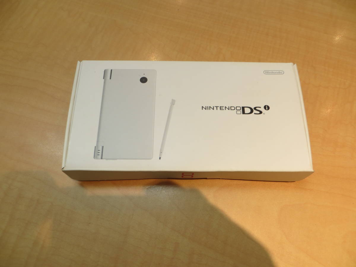 ♪♪任天堂 DS本体と ドラクエ5 付き 充電器欠品