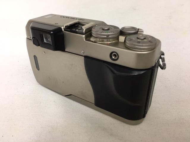 【大黒屋】激安1円~ CONTAX コンタックス 一眼レフ フィルムカメラ G1 レンズ Carl Zeiss Planar 2/45 フラッシュ TLA140 中古ジャンク品_画像5