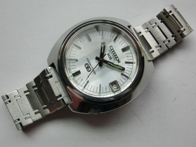 シチズン メンズ腕時計 コスモトロンX8 電磁テンプ式 シルバー色 カットガラス 大きめケース_画像2