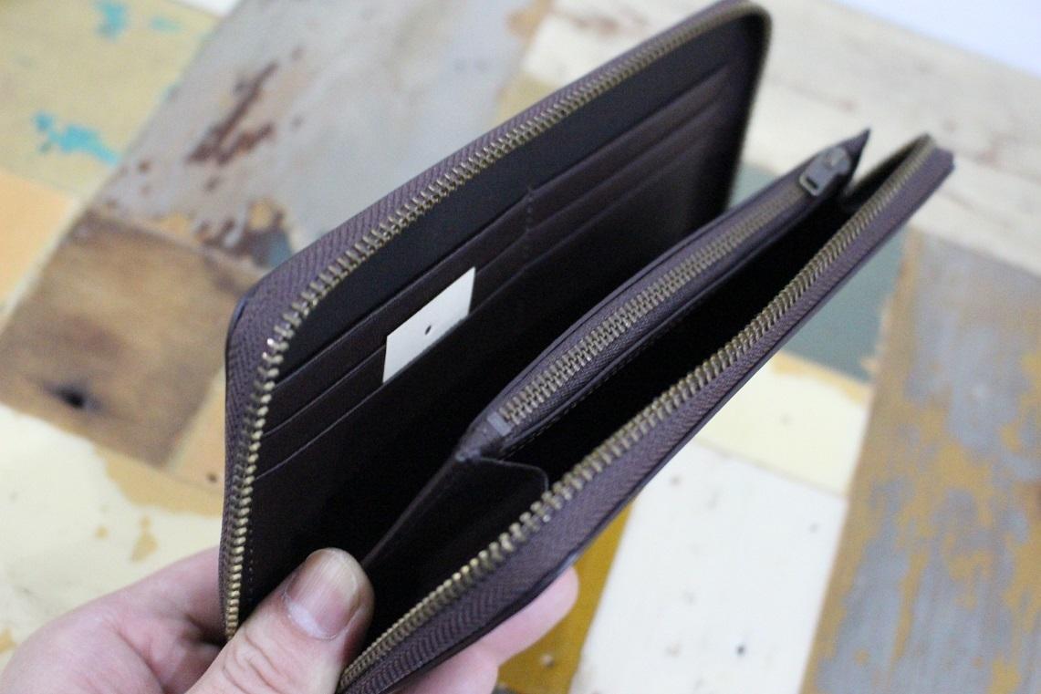 新品 MUJI 無印良品 イタリア産 ヌメ革ラウンドファスナー 長財布 ダークブラウン 正規品_画像2