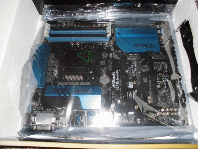 正常動作品!ASRock Z97 Extreme6 LGA1150 BIOS最新更新済み 付属品あり_画像3