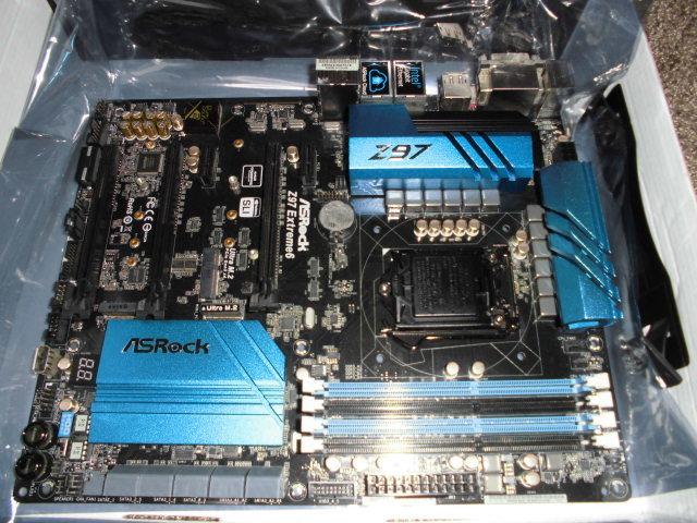 正常動作品!ASRock Z97 Extreme6 LGA1150 BIOS最新更新済み 付属品あり_画像4