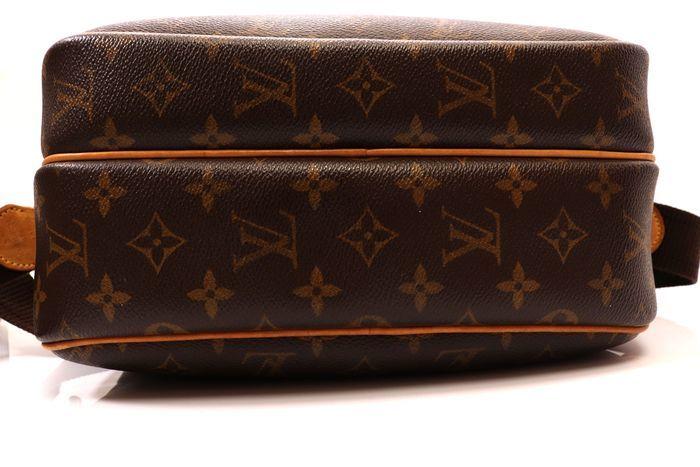 【美品】ルイヴィトン Louis Vuitton モノグラム リポーターPM ショルダーバッグ  斜め掛け かばん 男女兼用 定価約16万_画像3
