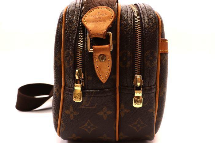 【美品】ルイヴィトン Louis Vuitton モノグラム リポーターPM ショルダーバッグ  斜め掛け かばん 男女兼用 定価約16万_画像5