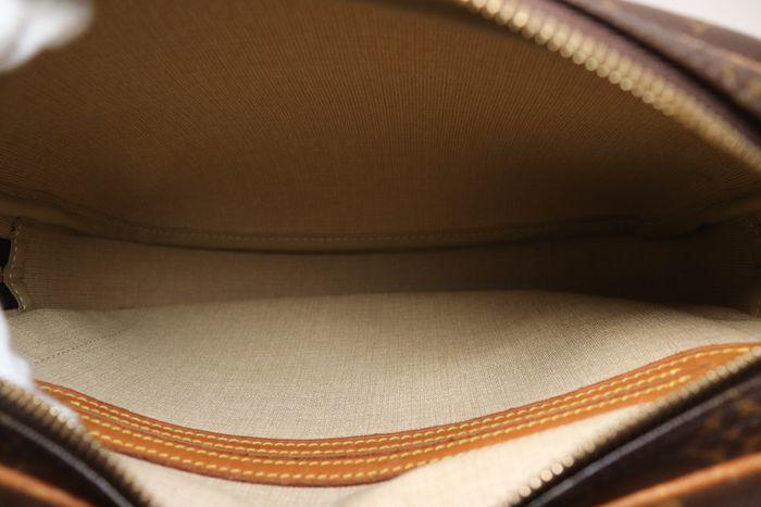 【美品】ルイヴィトン Louis Vuitton モノグラム リポーターPM ショルダーバッグ  斜め掛け かばん 男女兼用 定価約16万_画像8