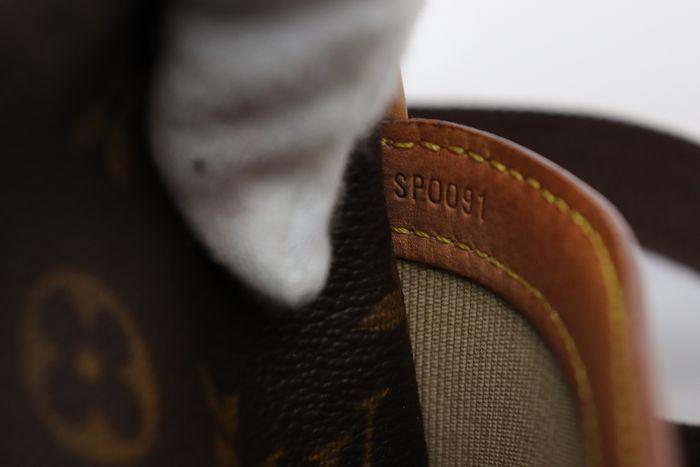 【美品】ルイヴィトン Louis Vuitton モノグラム リポーターPM ショルダーバッグ  斜め掛け かばん 男女兼用 定価約16万_画像9