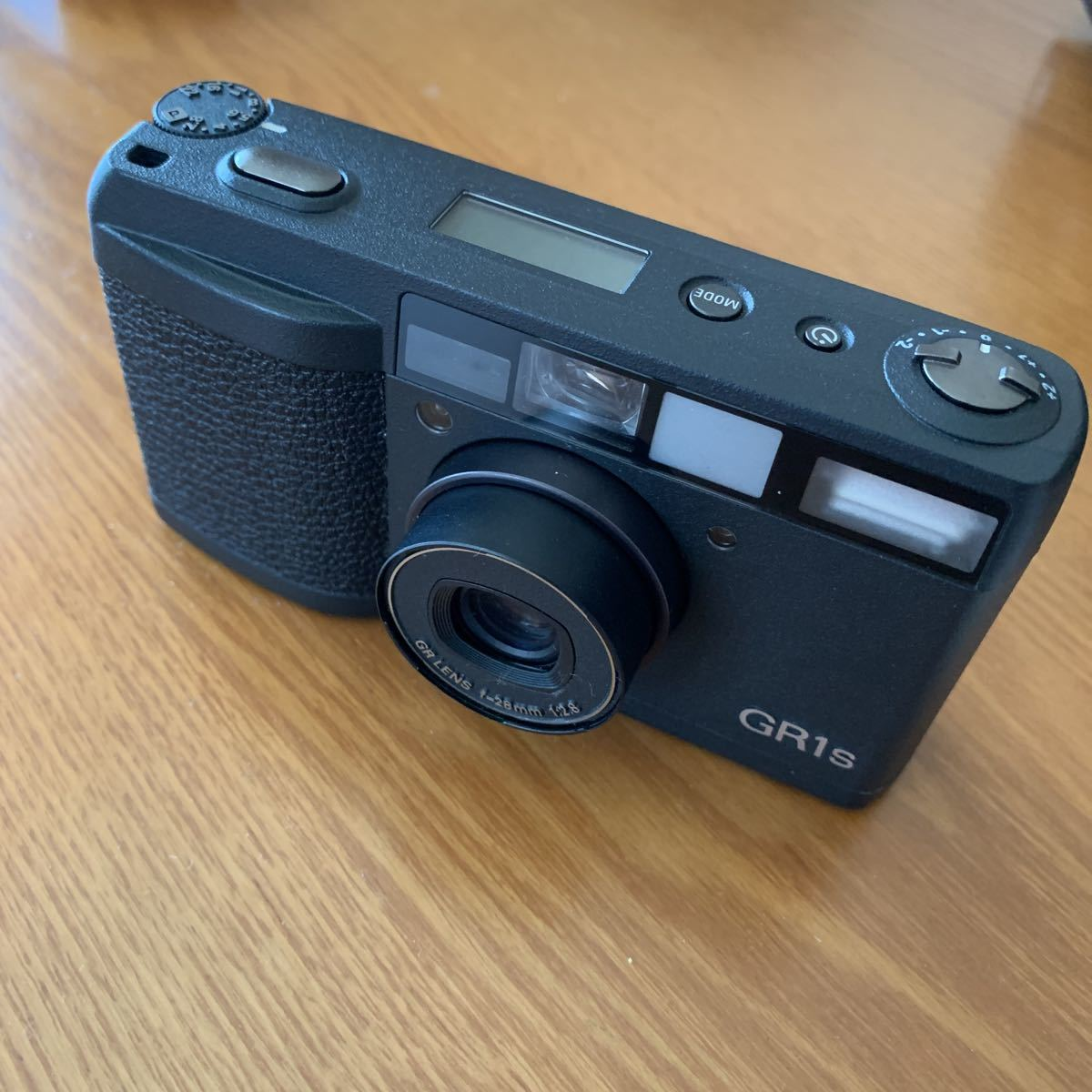 リコー Ricoh フィルム コンパクトカメラ GR1s 中古美品_画像2