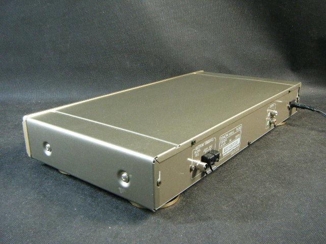 Aた57▲美品 動作良好▲Denon チューナー TU-1500 ロータリーノブを搭載したFM/AMステレオチューナー。_画像4