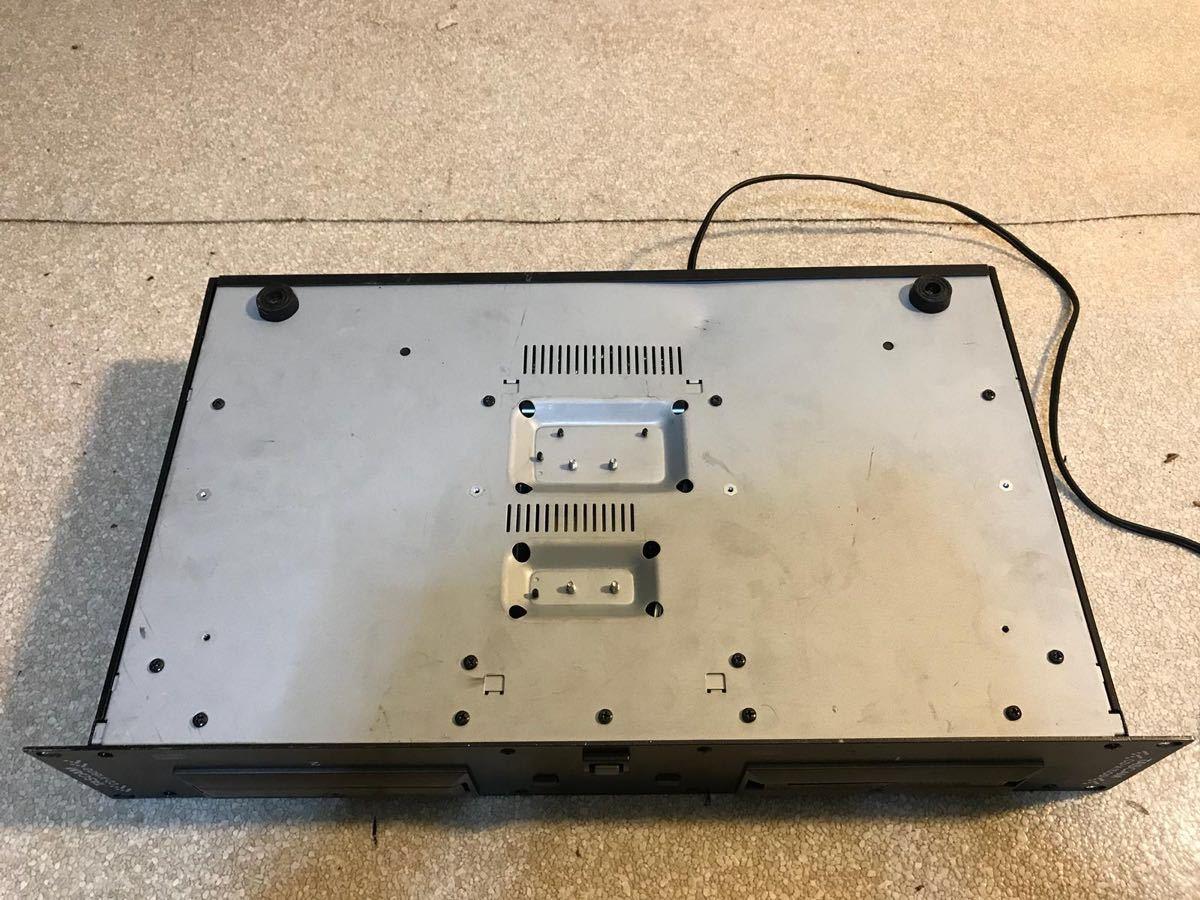 P1653. *TASCAM* デュアルCD/ DJ-CDプレーヤー 、CD-X1500 、電源問題なし!_画像5