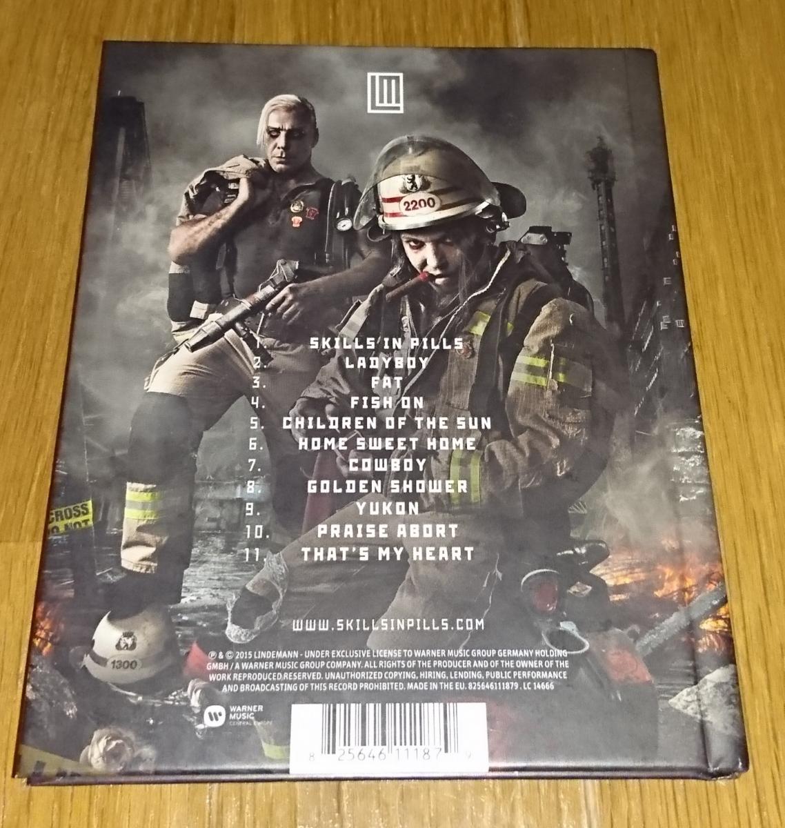 Lindemann Skills In Pills 限定28Pハードカバーブックレット ボーナストラック有り ラムシュタイン 極美品 メタル インダストリアル_画像3