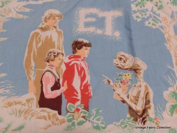 KURA#アメリカ ビンテージ  映画版 E.T フィット**シーツ**リメイク**ハンドメイド_画像2