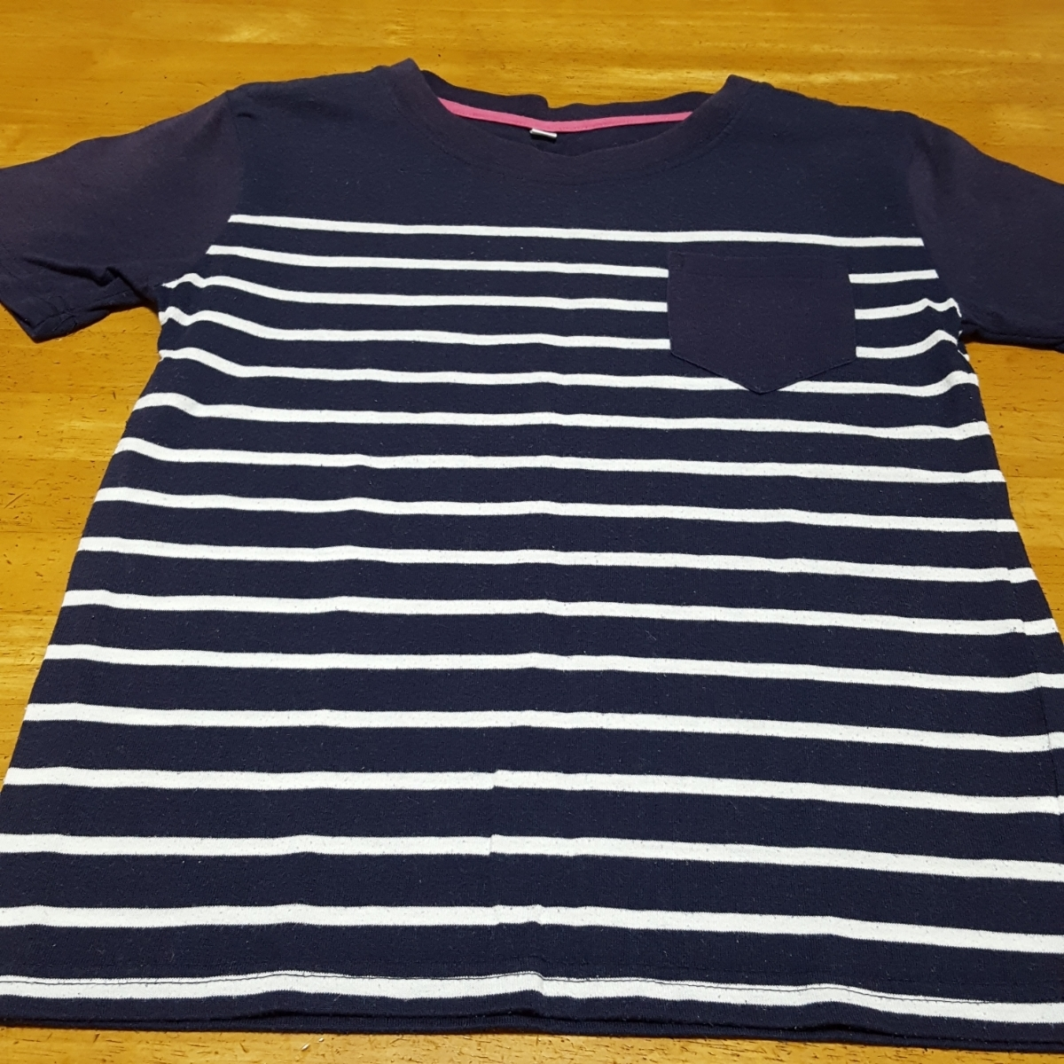 おまけつき 紺色Tシャツ 速乾 サイズ 140 中古 ボーダーTシャツ付き_画像4