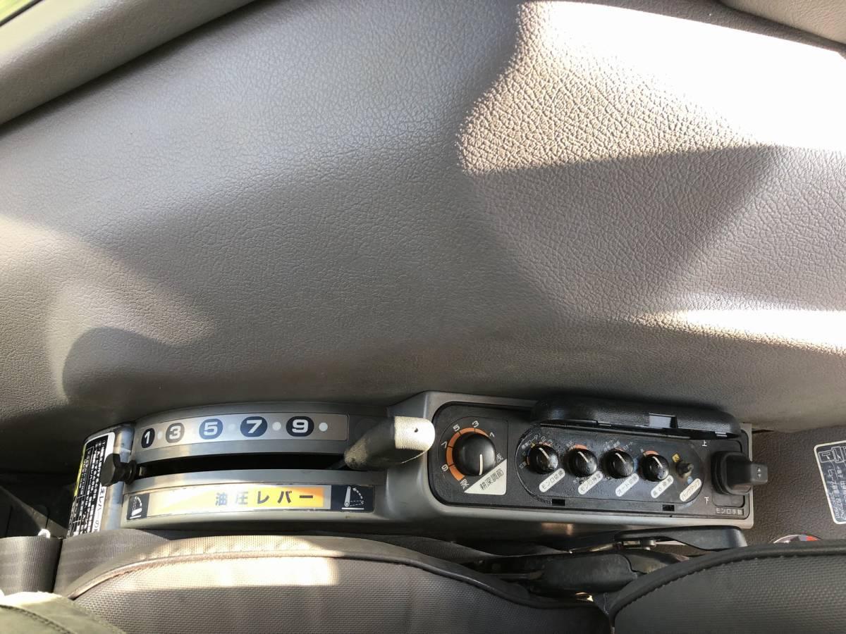 クボタ トラクター GL321 倍速ターン エアコンキャビン 836時間 33馬力 4WD 純正ロータリー タイヤ4本新品_画像9