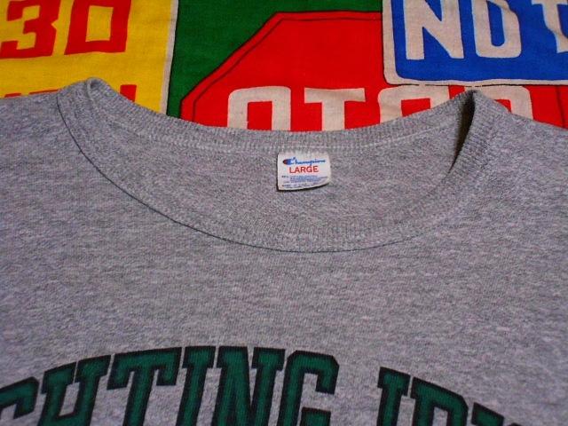 ★霜降りボディーが◎な1枚★Made in USA製アメリカ製Championチャンピオンビンテージ染み込みカレッジプリントTシャツ80s80年代トリコタグ_画像4